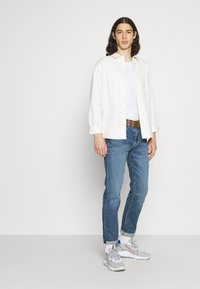 Levi's® - 502 TAPER - Jeans Tapered Fit - squeezy coolcat - 3