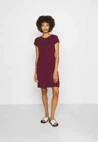 GAP - TEE DRESS - Žerzejové šaty - ruby wine - 1