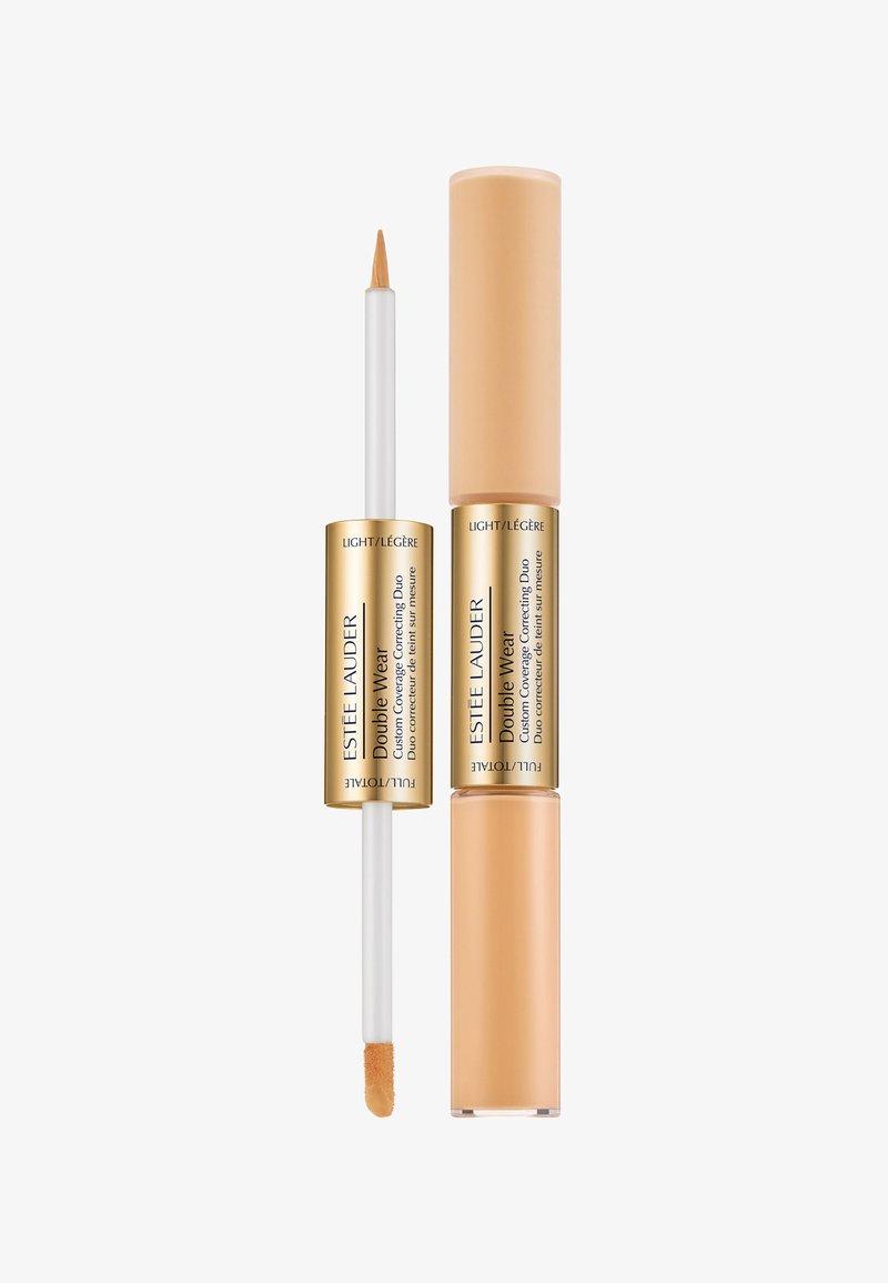 Estée Lauder - DOUBLE WEAR COLOR CORRECTING DUO 10ML - Concealer - apricot