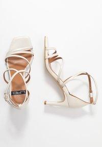 LAB - Zapatos de novia - sol panna - 3