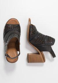 Carmela - Sandalen met hoge hak - black - 3