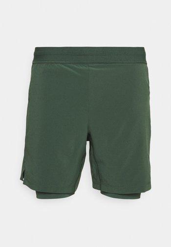 ACTIVE YOGA - Pantaloncini sportivi - galactic jade