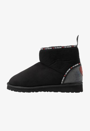 WINTER LOVE - Classic ankle boots - black