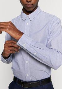 DRYKORN - LOKEN - Formal shirt - blue - 5