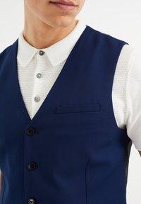 WE Fashion - Vesta - blue - 3