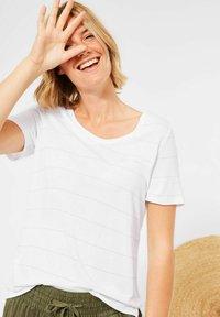 Cecil - Print T-shirt - weiß - 1