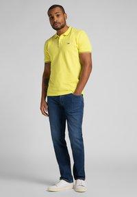 Lee - BROOKLYN - Jeans straight leg - mid worn in ray - 1