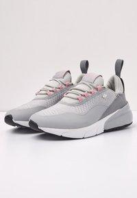 British Knights - VALEN - Sneakersy niskie - light grey/peach - 3