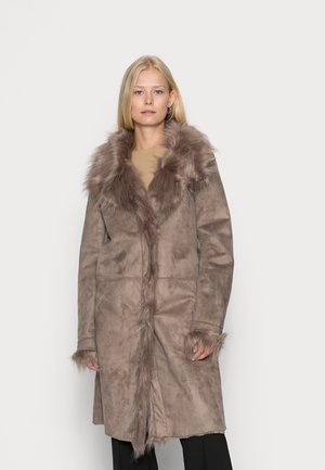 ECRITURE - Winter coat - caramel / taupe