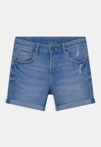 Marks & Spencer London - ROLL UP - Denim shorts - blue denim - 0