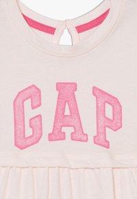 GAP - ARCH DRESS - Jerseyjurk - light pink - 5