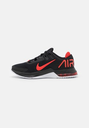 AIR MAX ALPHA TRAINER 4 - Obuwie treningowe - black/chile red/white