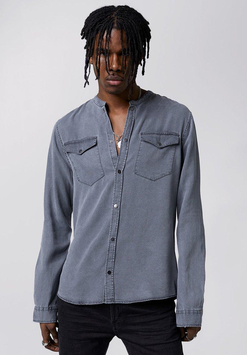 Tigha - Shirt - grey