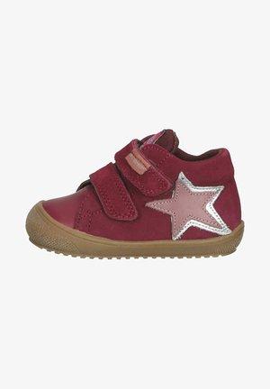Sneakers laag - bordeaux rot