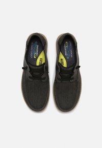 Skechers - MELSON VOLGO - Stringate sportive - black - 3