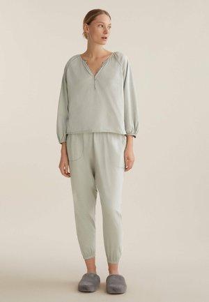 FLORAL  - Pyjama top - green