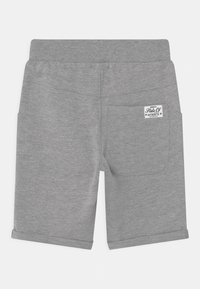 Name it - NKMVERMO 2 PACK - Shorts - ivy green - 1