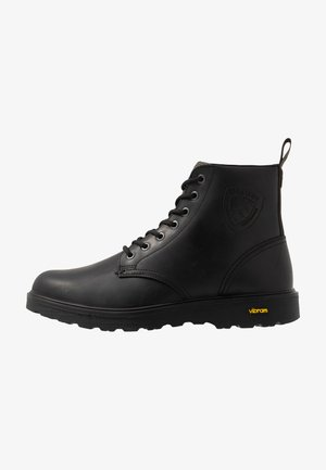 GUANTAMO - Lace-up ankle boots - black