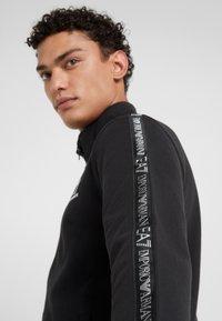EA7 Emporio Armani - Zip-up hoodie - black - 4