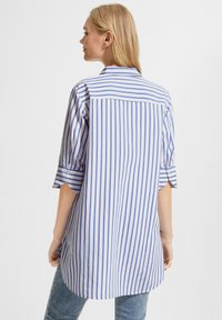 comma casual identity - Button-down blouse - powder blue stripes - 2