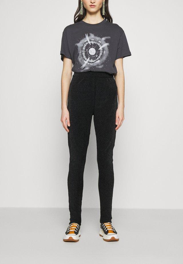OBJVIOLET - Legging - black
