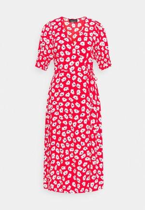 PCRASMINE MIDI WRAP DRESS  - Day dress - fiestaflowers