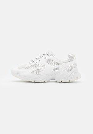 VEGAN JEMINA - Sneakers laag - white light