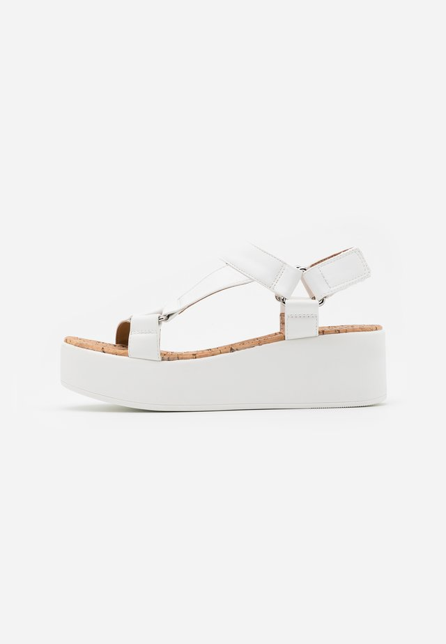 LANCYY - Platform sandals - white