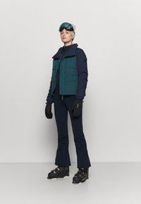 O'Neill - MISTY  - Snowboard jacket - balsam - 1