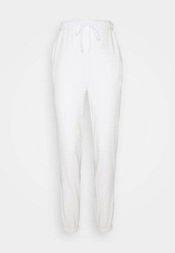 PCCHILLI SUMMER PANTS - Pantalones deportivos - bright white