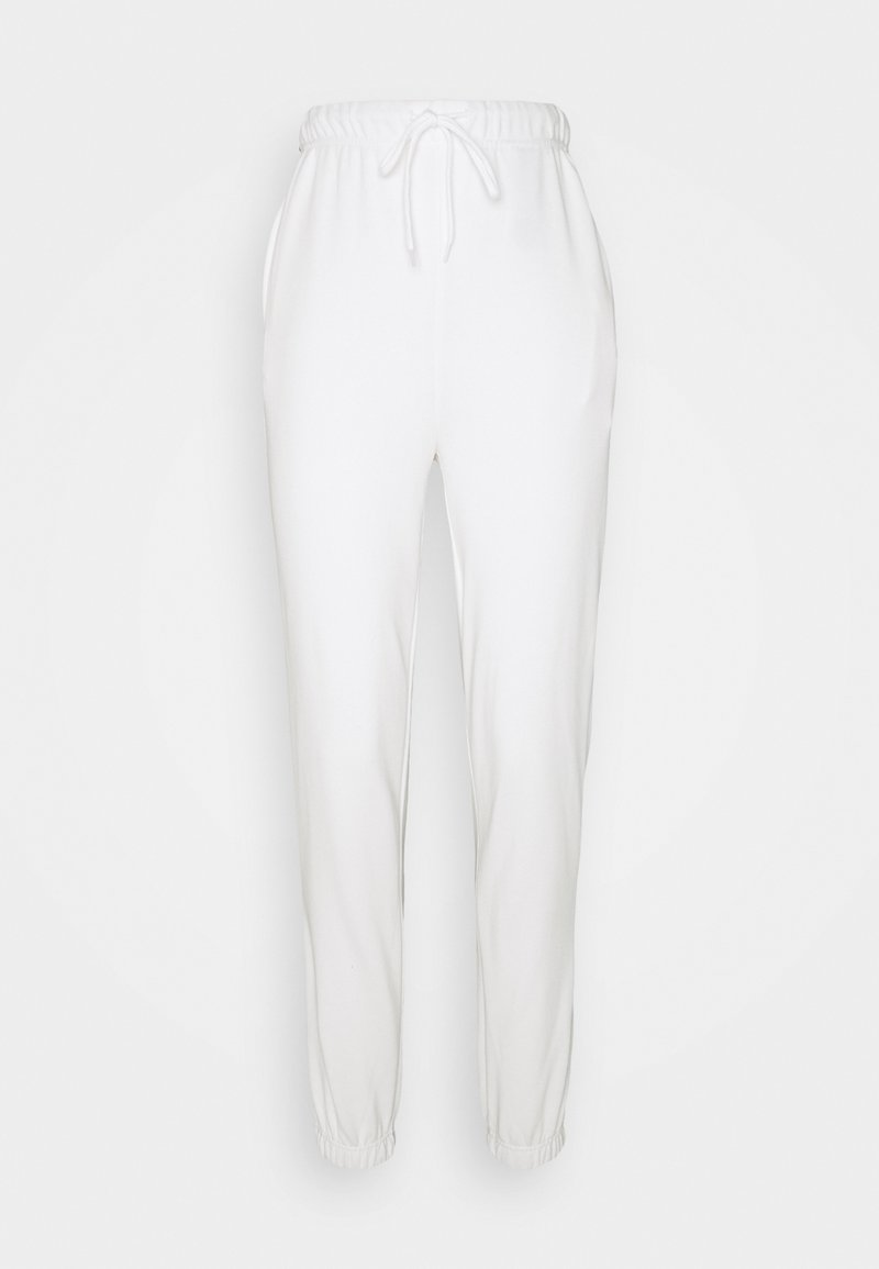 PIECES Tall - PCCHILLI SUMMER PANTS - Pantaloni sportivi - bright white