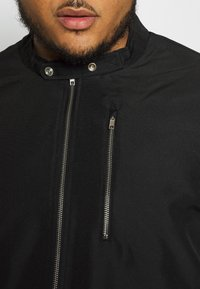 Burton Menswear London - BIG RACER JACKET - Summer jacket - black - 5