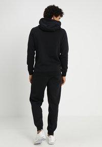 Jordan - JUMPMAN  - Pantalones deportivos - black - 2