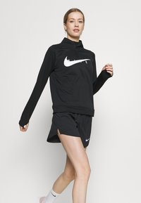Nike Performance - Camiseta de deporte - black/white - 3