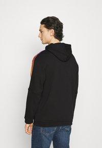 adidas Originals - UNISEX - Sweatshirts - black/multicolor - 2