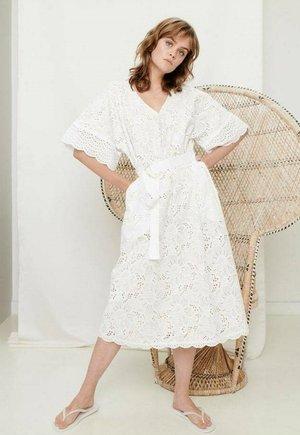 ZOE - Denní šaty - white