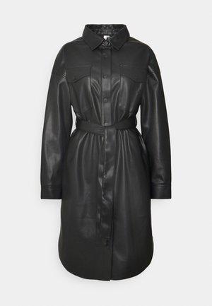 LONG PU SHACKET - Cappotto corto - black