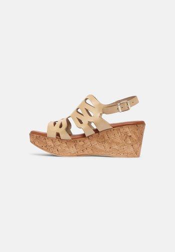 Platform sandals - sand/calada piel/ivory