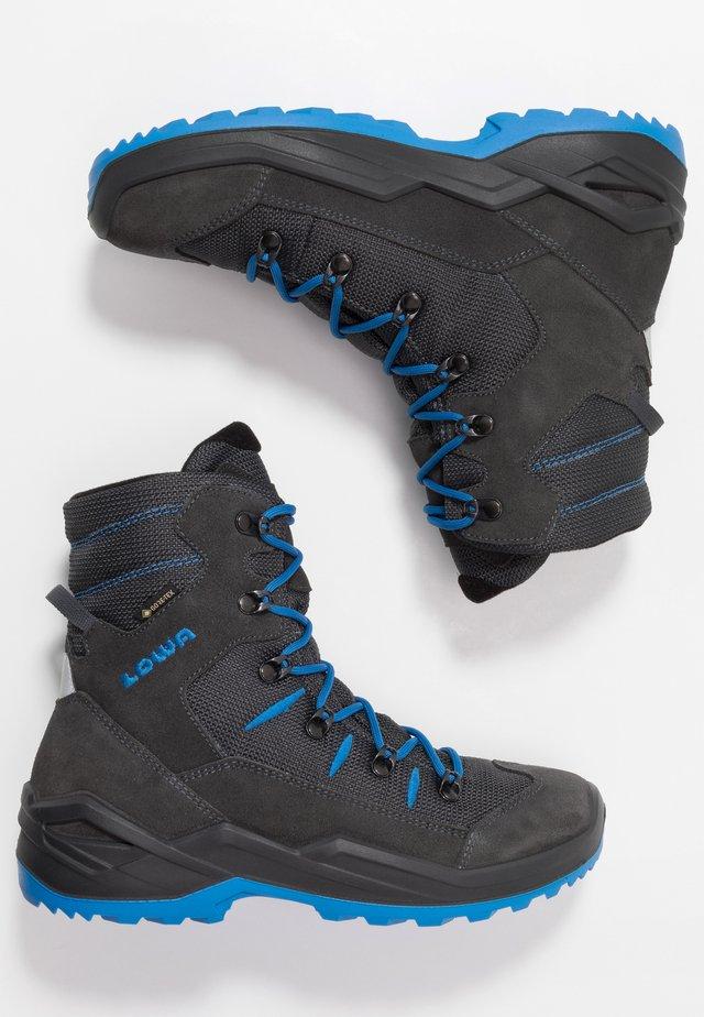 RUFUS GTX - Winter boots - anthrazit/blau