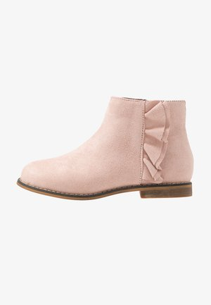 RUFFLE ANKLE BOOT - Korte laarzen - pink