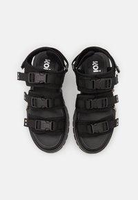Koi Footwear - VEGAN CASCADIA CHAIN MATRIX  - Platform sandals - black - 4