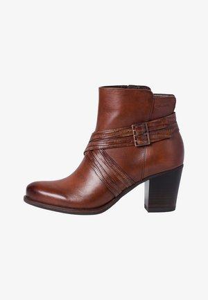 Classic ankle boots - chestnut/stru