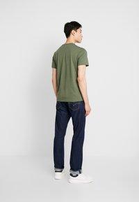 Lacoste - T-shirt - bas - aucuba - 2