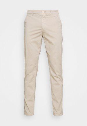 CHUCK REGULAR PANT - Chinos - light feather gray