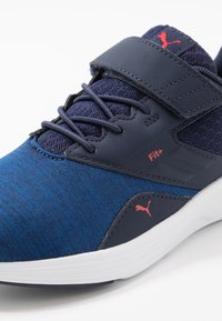 Puma - NRGY COMET  - Zapatillas de running neutras - peacoat/palace blue - 2