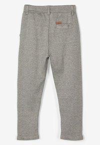 Name it - GEMUSTERTE - Pantaloni eleganti - grey melange - 1