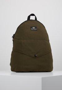 Bag N Noun - CANADA FLAP SAC - Rucksack - olive - 0