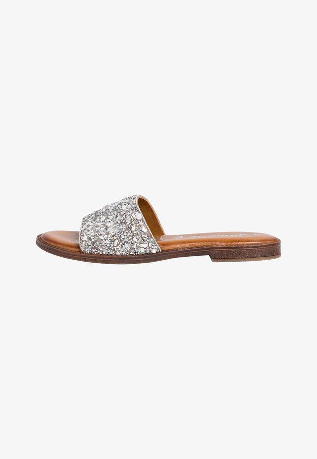 Klapki - silver glam