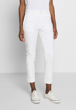 SLIM LEG PANT - Bukse - warm white
