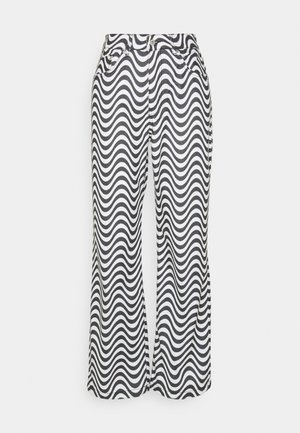 WAVE - Džíny Relaxed Fit - white/black